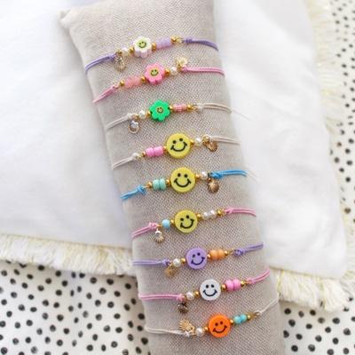 Verschillende soorten kralen armbandjes